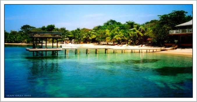 Roatan by perspicacity