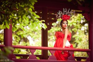 the red in her by Hart-Worx