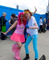 Pinkie Pie and Rainbow Dash Cosplay by dream-quill